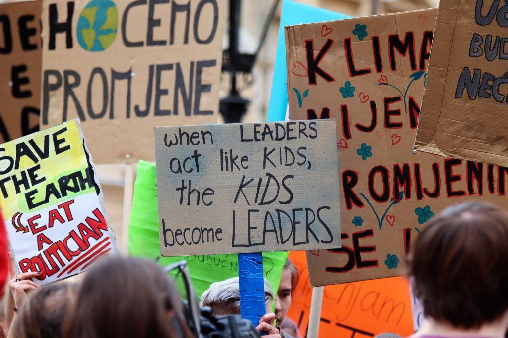 school-strike-4-climate-4057783_1920